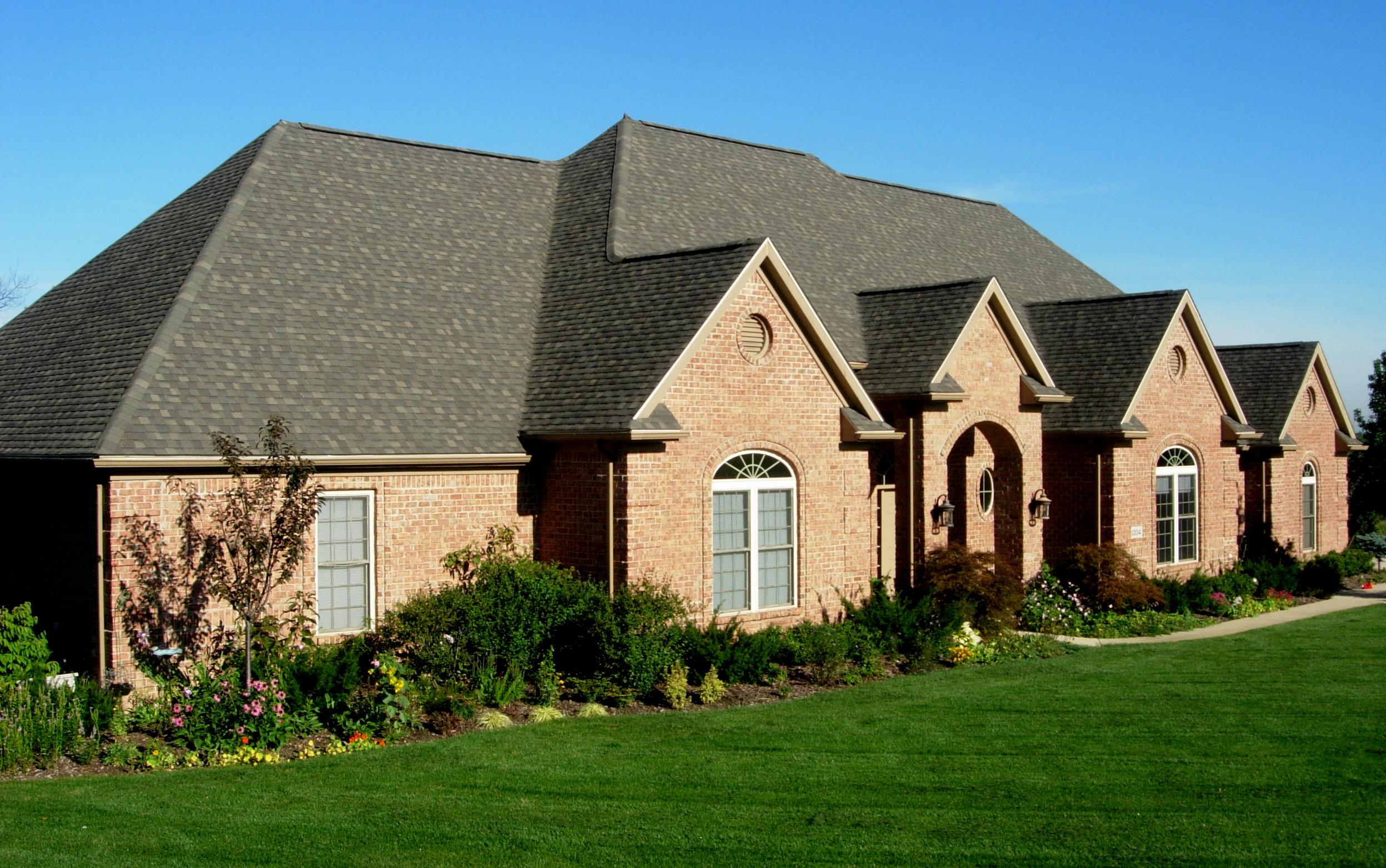Brick homes timeless and elegant ann arbor builders for Brick home builders